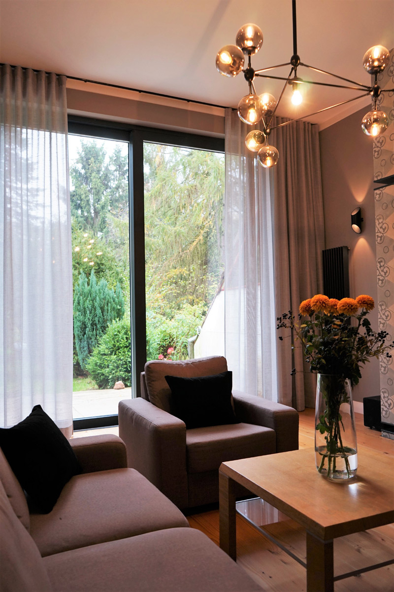 salonowe-okno-zaslony-fala-